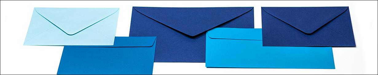 Umschläge in Blau